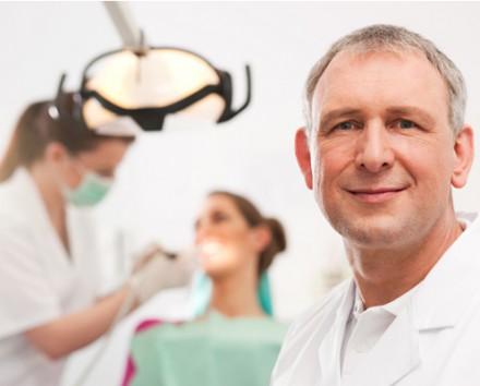 Chirurgia orale dentista D'Amato Luigi Ariano Irpino Avellino